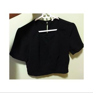 Rachel Roy crop top black short sleeve blouse MED.